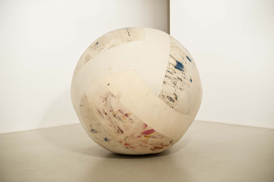 The Possible Ball, 2009, oil on canvas and balloon,